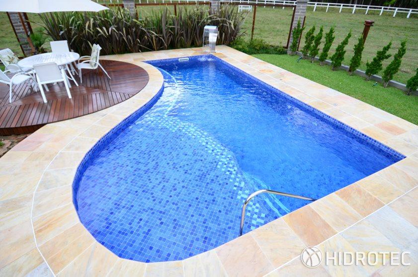 Piscina de concreto 07 piscinas de concreto produtos for Precio de piscinas de cemento