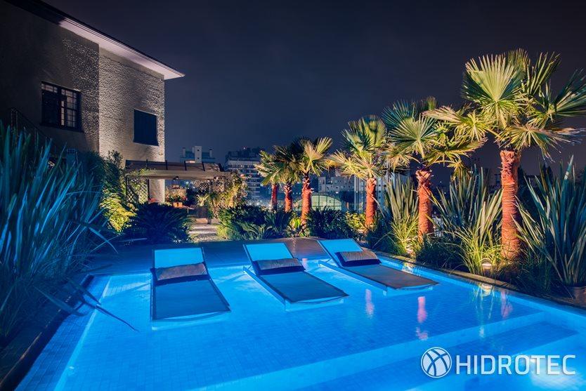 Piscina casa cor 2016 piscinas de concreto produtos for Iluminacao na piscina e perigoso